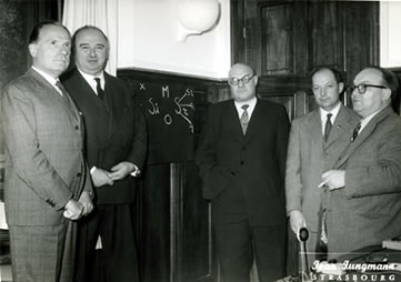 Four of the founding members of IAMCR gathered in Strasbourg in October 1957, on the eve of the December 1957 IAMCR Constituent Conference in Paris. From left to right : Francesco Fattorello, Fernand Terrou, Khoudiakoff, who didn't attend the meeting in Paris, Jacques Léauté, and Mieczyslaw Kafel.