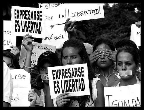Expresarse es libertad - Expression is freedom - (cc) Flickr user https://www.flickr.com/photos/ervega/