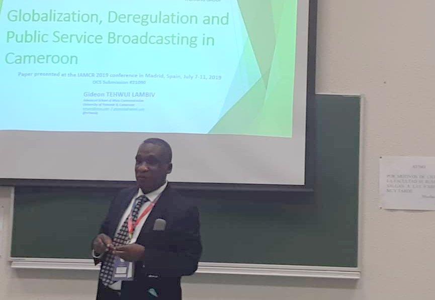 Gideon Tehwui Lambiv presenting his paper at IAMCR 2019