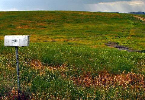 Rural mailbox (cc) Flickr user https://www.flickr.com/photos/pleeker/