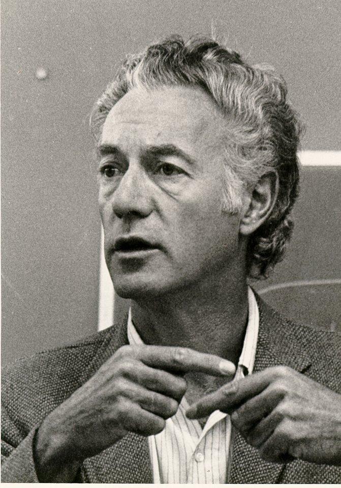 Herbert I Schiller