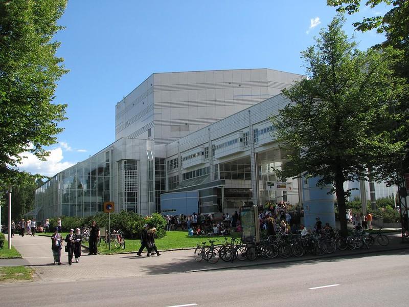 Photo (cc) Tampere Hall/Tero Ykspetäjä.2008