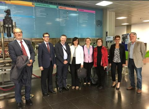 Members of the Local Committee with the Executive Board of IAMCR in May 2018, at the School of Communication of the Complutense University of Madrid. From left to right: Arturo Gómez Quijano, José Antonio Ruiz San Román, Gerard Goggin, Loreto Corredoira, Sabela Serrano, Janet Wasko, Elske van de Fliert, Bruce Girard.
